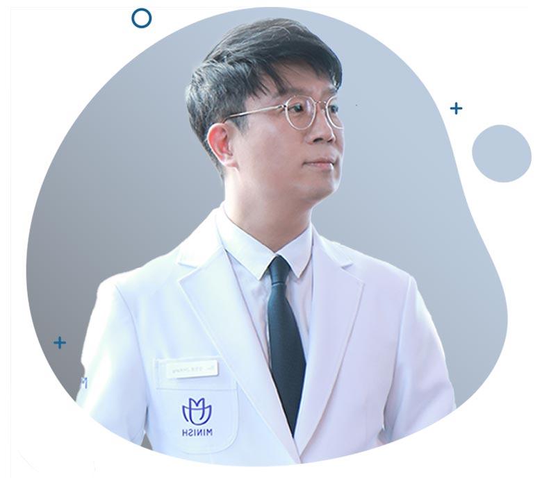 https://cdn.minishteeth.com/wp-content/uploads/2021/07/03160906/minish-head-doctor.jpg