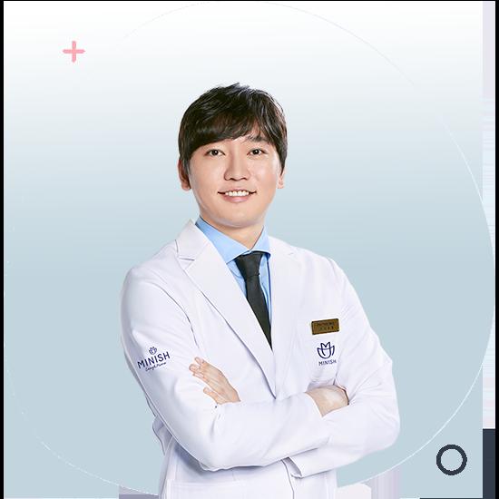 https://cdn.minishteeth.com/wp-content/uploads/2021/07/05143102/doctor-lee-ju-hong-06.png