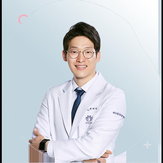 https://cdn.minishteeth.com/wp-content/uploads/2021/07/05143105/doctor-kwak-haesung-05.png